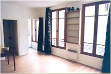 Les Marais studio apartment